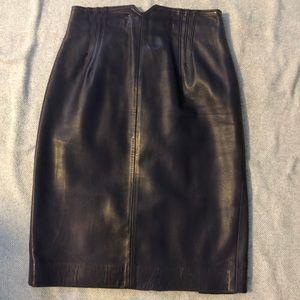 Vintage leather pencil skirt in deep eggplant sz 4